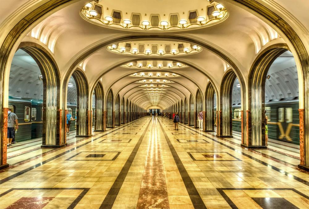 Экскурсия по метро